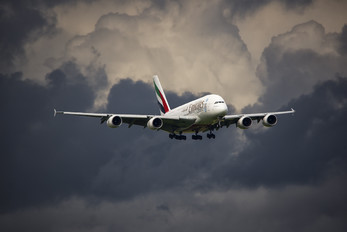 A6-EDI - Emirates Airlines Airbus A380