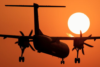JA844A - ANA Wings de Havilland Canada DHC-8-400Q / Bombardier Q400