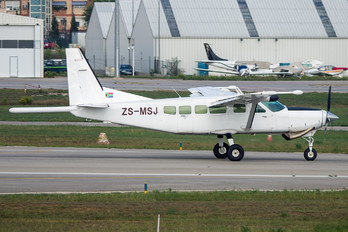 ZS-MSJ - Fugro Airborne Surveys Cessna 208 Caravan