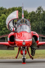 "XX322 - Royal Air Force ""Red Arrows"" British Aerospace Hawk T.1/ 1A"