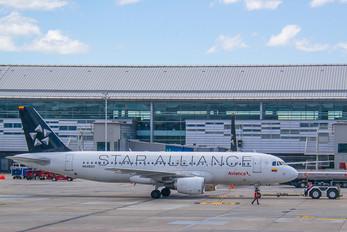 N448AV - Avianca Airbus A320