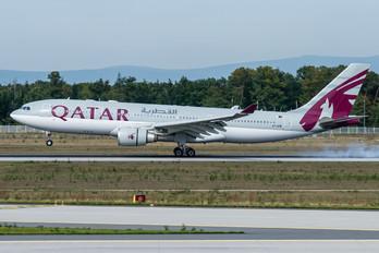 A7-AFM - Qatar Airways Airbus A330-200