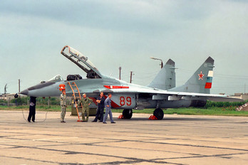 89 - Russia - Air Force Mikoyan-Gurevich MiG-29UB