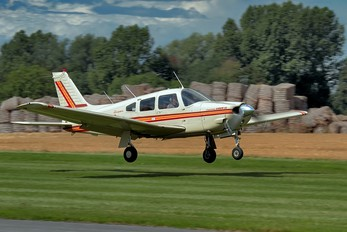 G-RJMS - Private Piper PA-28 Arrow