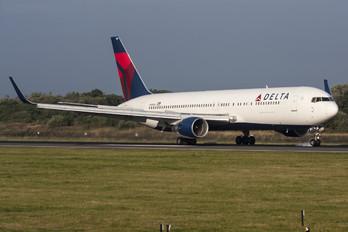 N189DN - Delta Air Lines Boeing 767-300