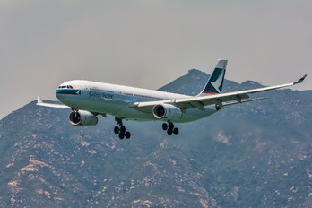 B-HLO - Cathay Pacific Airbus A330-300