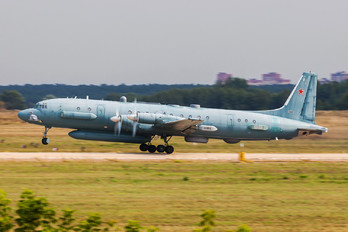 90924 - Russia - Air Force Ilyushin Il-20