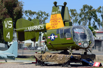 139990 - USA - Marine Corps Kaman OH-43D Huskie