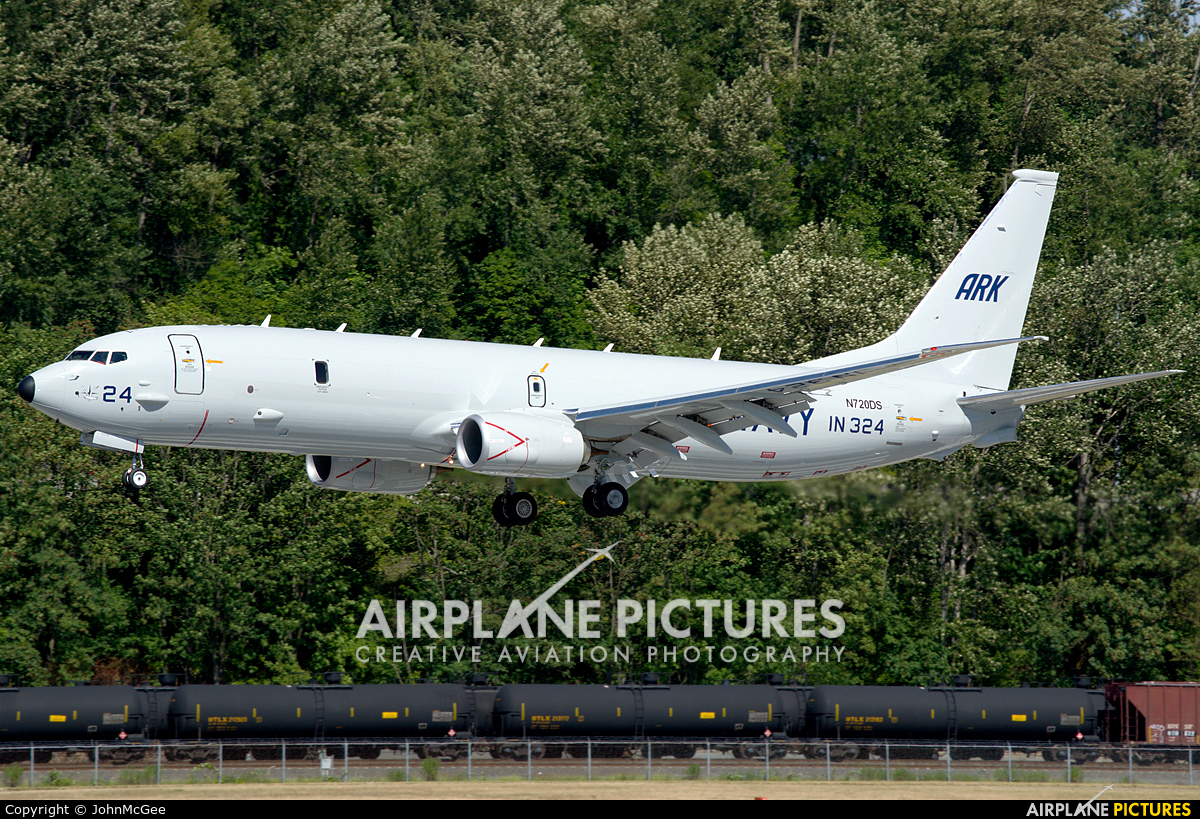 India - Navy N720DS aircraft at Seattle - Boeing Field / King County Intl