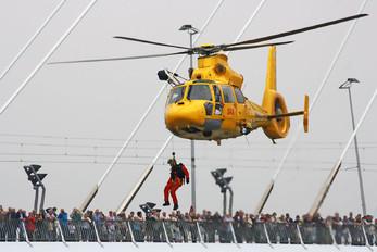 OO-NHX - NHV - Noordzee Helikopters Vlaanderen Aerospatiale AS365 Dauphin II