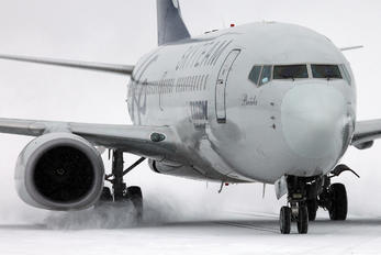 YR-BGF - Tarom Boeing 737-700