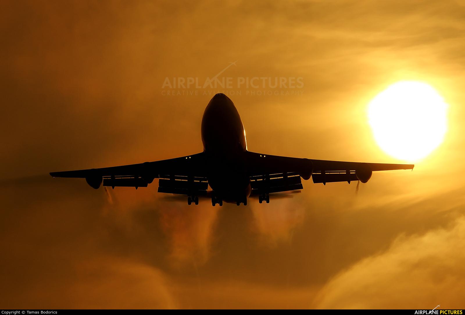 El Al Cargo 4X-AXL aircraft at Budapest Ferenc Liszt International Airport