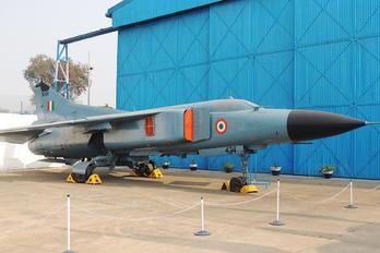 SK434 - India - Air Force Mikoyan-Gurevich MiG-23ML