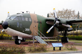 3199 - USA - Air Force Fairchild C-119 Flying Boxcar