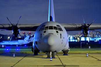 A7-MAH - Qatar Amiri - Air Force Lockheed C-130J Hercules