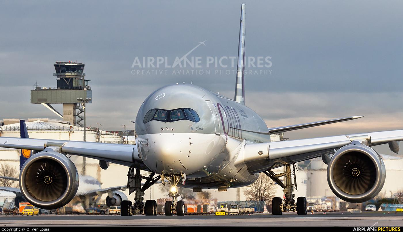 Qatar Airways A7-ALA aircraft at Frankfurt