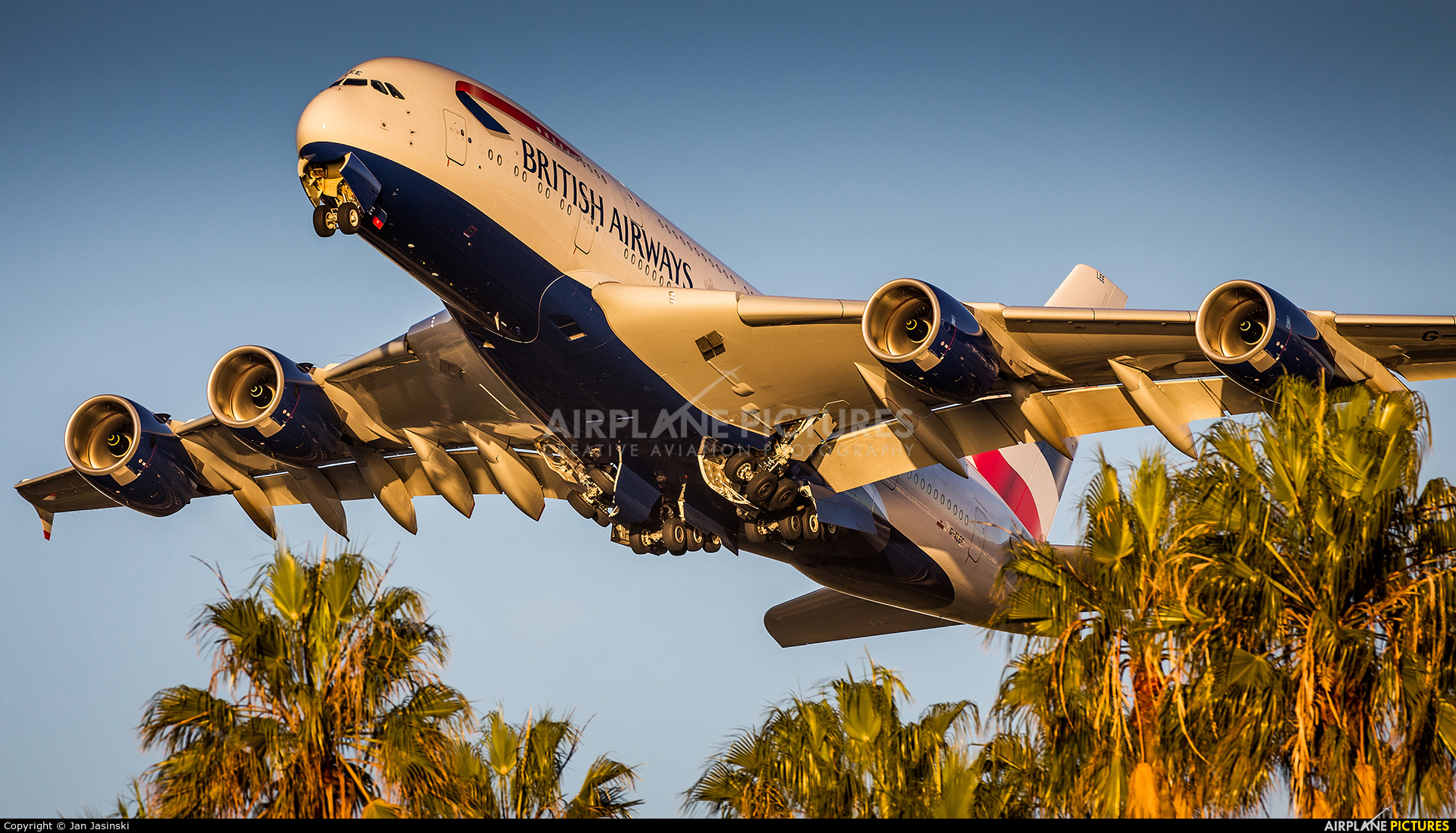 British Airways G-XLEE aircraft at Los Angeles Intl
