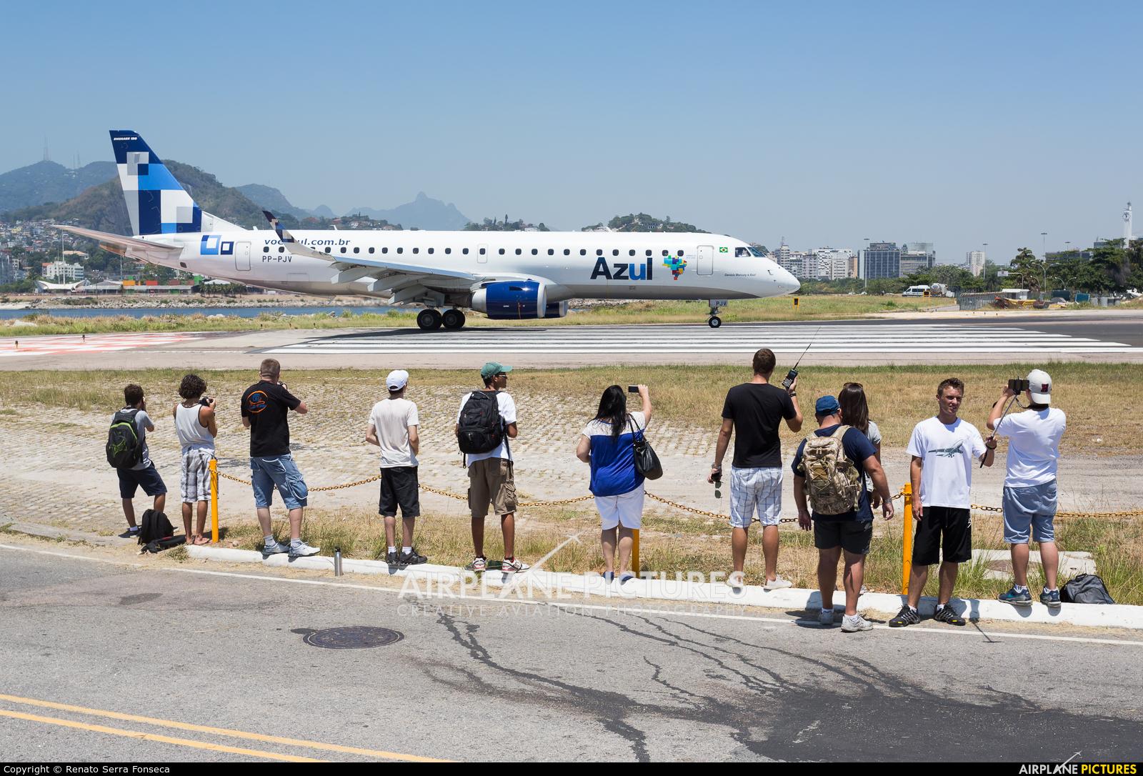 Azul Linhas Aéreas PP-PJV aircraft at Rio de Janeiro - Santos Dumont