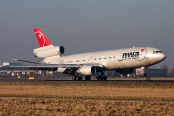 N226NW - Northwest Airlines McDonnell Douglas DC-10