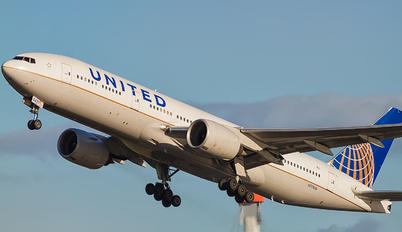 N771UA - United Airlines Boeing 777-200ER