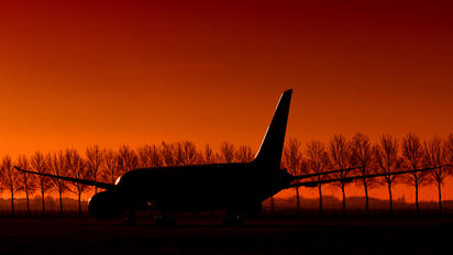 5Y-KZD - Kenya Airways Boeing 787-8 Dreamliner