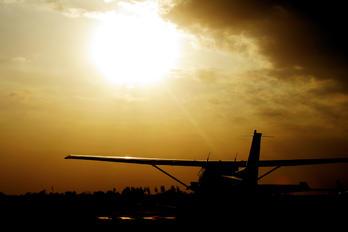 VT-SEX - Carver Aviation Cessna 172 Skyhawk (all models except RG)