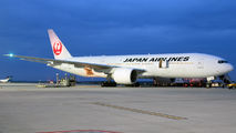 JA706J - JAL - Japan Airlines Boeing 777-200ER aircraft