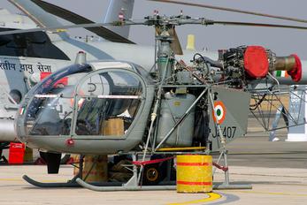 J4407 - India - Air Force Hindustan SA 316B Chetak