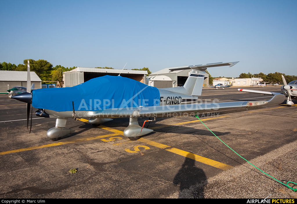 Private F-GNGD aircraft at Aix-en-Provence