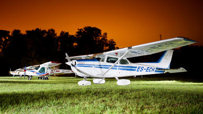ES-ECH - Private Cessna 172 Skyhawk (all models except RG)