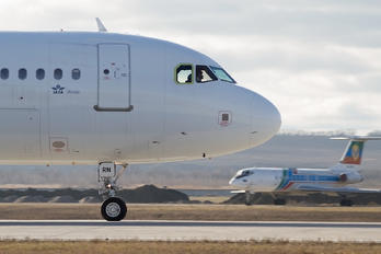 VQ-BRN - Nordwind Airlines Airbus A321