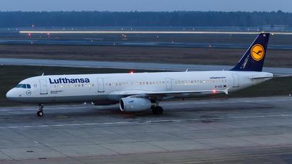 D-AIDL - Lufthansa Airbus A321