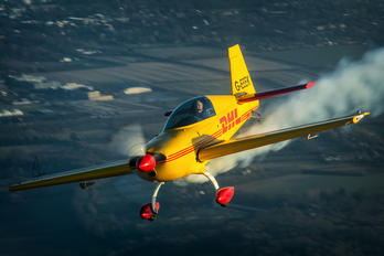 G-EEEK - Private Extra 300