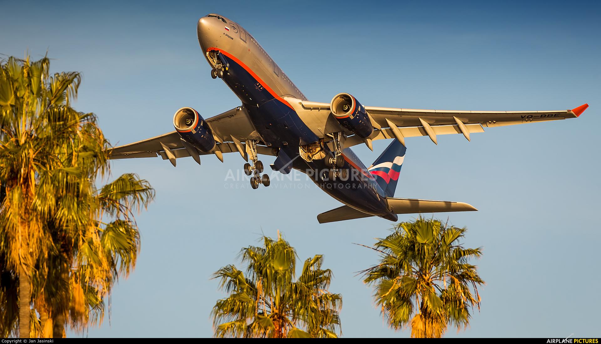 Aeroflot VQ-BBE aircraft at Los Angeles Intl