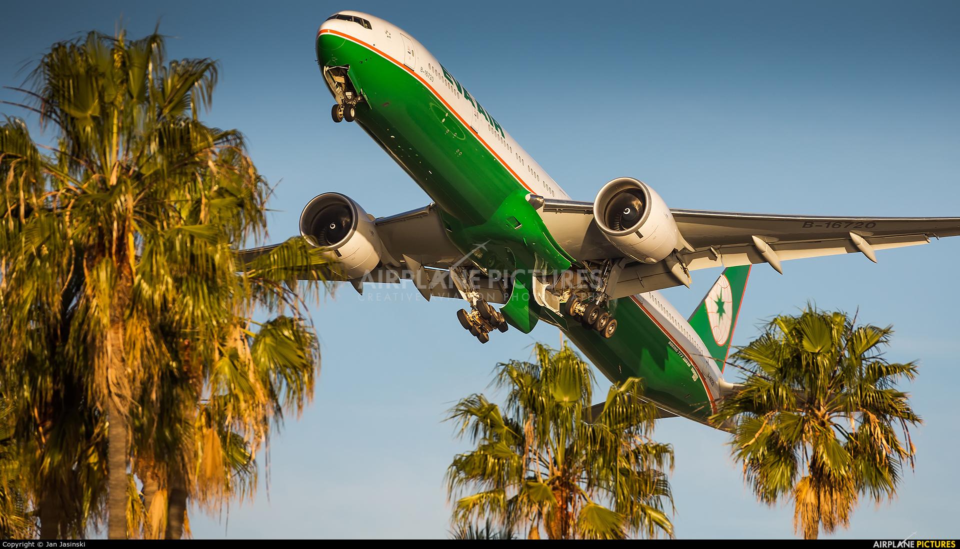 Eva Air B-16720 aircraft at Los Angeles Intl