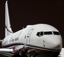 N800KS - Private Boeing 737-700 BBJ