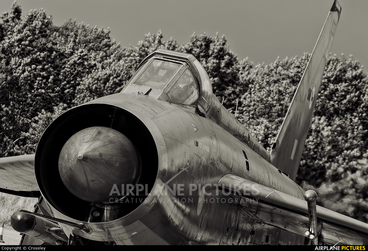 Royal Air Force XR728 aircraft at Bruntingthorpe