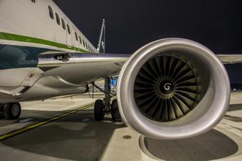 YI-ASF - Iraqi Airways Boeing 737-800