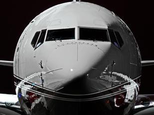 N800KS - Private Boeing 737-700 BBJ