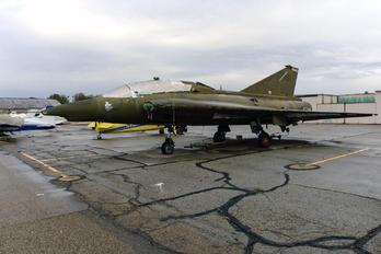 AT-155 - Private SAAB TF 35 Draken