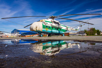 RF-38372 - Russia - Federal Customs Mil Mi-8MT
