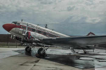 N1944H - Private Douglas DC-3
