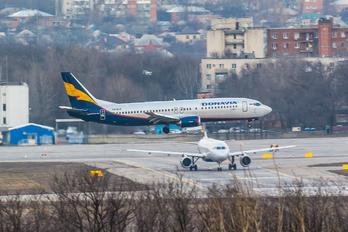 VQ-BAO - Donavia Boeing 737-400(Combi)