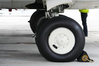 VT-SGY - SpiceJet Boeing 737-800