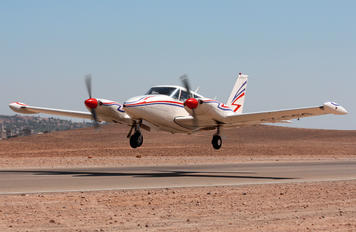 4X-CCG - Private Piper PA-39 Twin Comanche