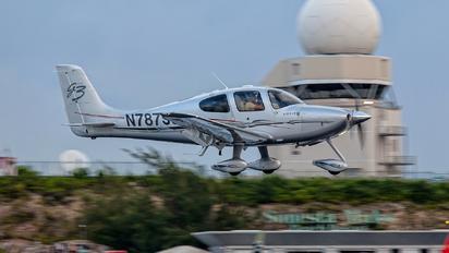 N787SS - Private Cirrus SR22