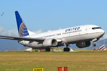 N78285 - United Airlines Boeing 737-800