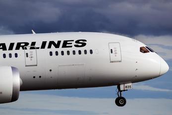 JA835J - JAL - Japan Airlines Boeing 787-8 Dreamliner