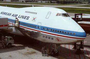 HL7447 - Korean Air Boeing 747-200