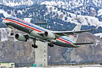 N656AA - American Airlines Boeing 757-200